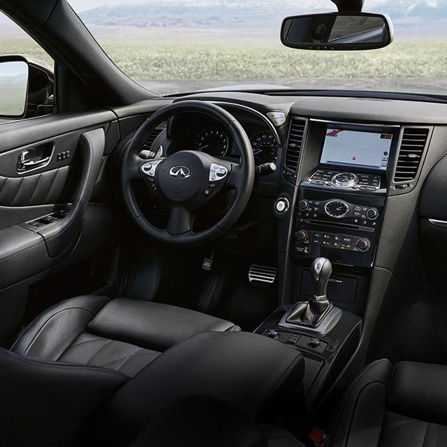 2005 Infiniti Qx Interior: 2017-infiniti-qx70-suv-front-seat-interior-and-center